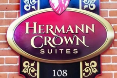 crown_suites